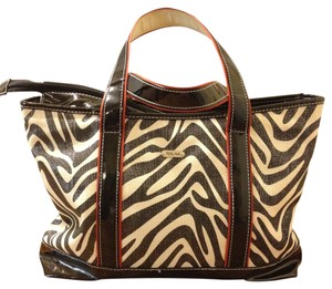 Perlina /white Tote in Black Patent/Off White Zebra Print