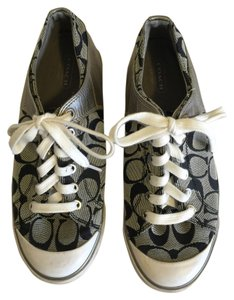 Coach Size 7.5 White, black & lt.gold Athletic