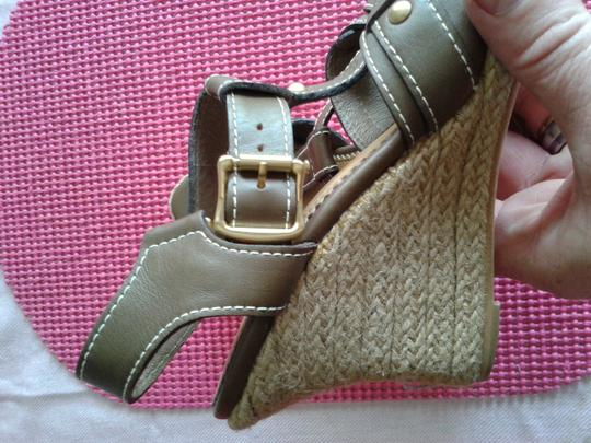 Other brown Wedges