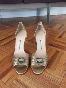 Manolo Blahnik Gold Pumps Size US 9.5 Regular (M, B)