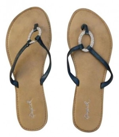 Preload https://item2.tradesy.com/images/qupid-sandals-size-us-6-4581-0-0.jpg?width=440&height=440