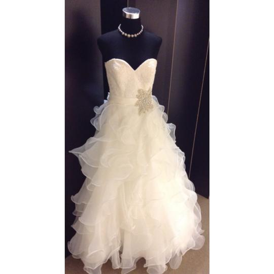 Allure Bridals Ivory Organza & Lace Formal Wedding Dress Size 6 (S)