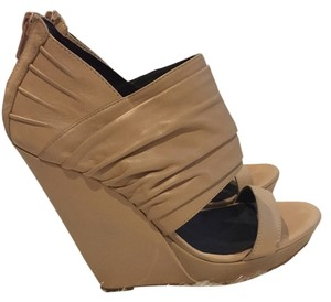 Nordstrom Trouve Wedge Sandal Nude Wedges