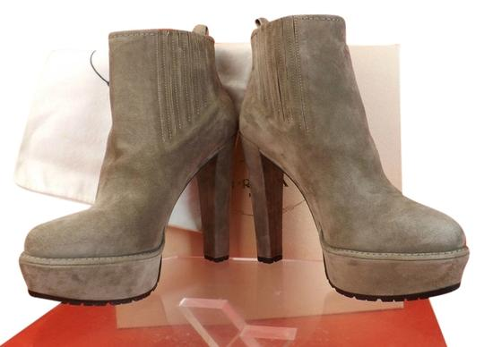 Preload https://item2.tradesy.com/images/prada-taupe-gray-suede-short-platform-ankle-classic-bootsbooties-size-eu-40-approx-us-10-regular-m-b-4585996-0-0.jpg?width=440&height=440