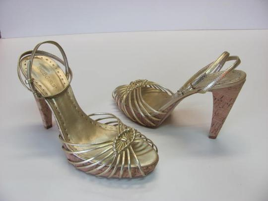 BCBGeneration Size 9m Great Condition Gold Platforms