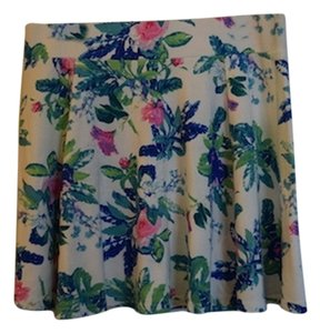 Divided by H&M Lovely Little Skater Skater Blue Pink Floral Blue And Pink Blue & Pink Floral Pattern Flower Spring Summer Hm Back Mini Skirt White