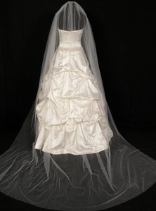 Fenaroli For Regalia Diamond White Chapel Length Bridal Veil