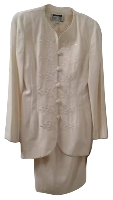Lois Snyder Dani Max Petite Lois Snyder Dani Max Petite Career Jacket and Skirt - Ivory -women's Size 2