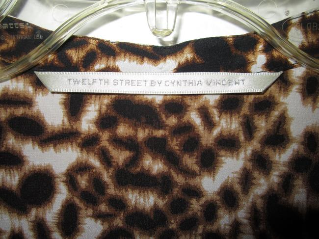 Twelfth St. by Cynthia Vincent Top Brown and Beige