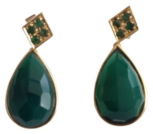 Vintage ILARO Vintage 14k Gold Emerald And Jade Earrings. Vintage 14k Gold Emerald And Jade Earrings.