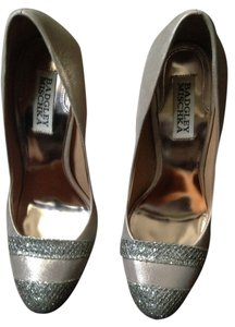 Badgley Mischka Evening Heels Pink Pumps