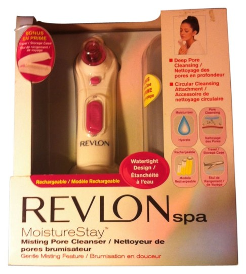 Sears Revlon Spa BRAND NEW IN BOX Spa Misting Deep Pore Cleanser W/Misting Feature Wand with Base & Storage Case And Rechargable Retail $139