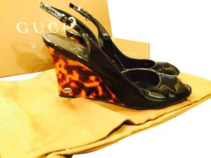 Gucci Tortoise Sandals Patent Black Wedges
