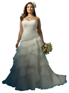 Alfred Angelo Custom Designed 2123! Wedding Dress