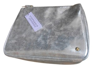Stephanie Johnson Travel Cosmetic Jewelry Cassandra Silver Metallic Travel Bag