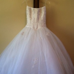 David's Bridal Princess Wedding Dress