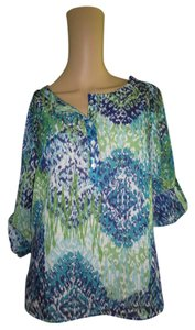 Liz Claiborne Peasant Thin And Cool Top blue green white multi