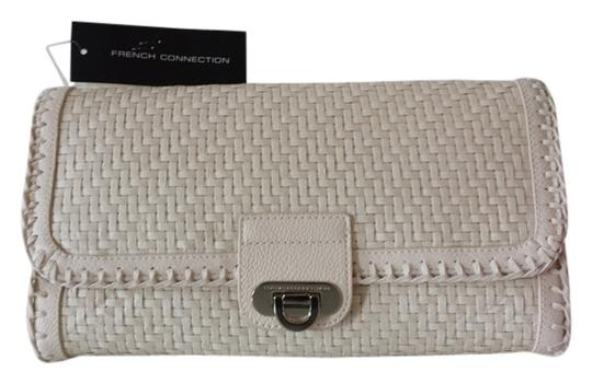 Preload https://item2.tradesy.com/images/french-connection-ivory-straw-with-leather-trim-clutch-4618516-0-0.jpg?width=440&height=440