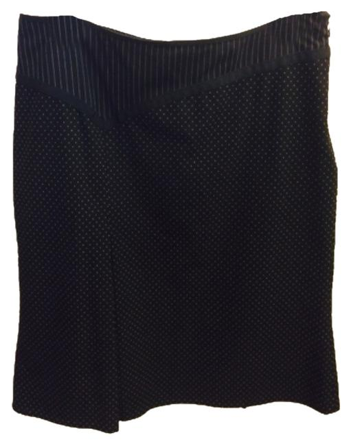 Preload https://item3.tradesy.com/images/the-limited-blac-knee-length-skirt-size-8-m-29-30-4620772-0-0.jpg?width=400&height=650