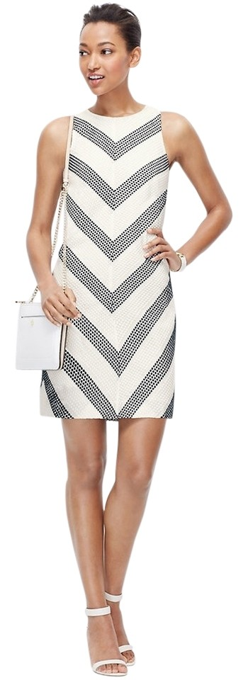 9905a97a71d7 Ann Taylor Black and White Embroidered Dot Chevron Above Knee ...