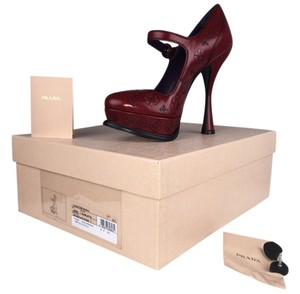 Prada Spazzolato Fume Pumps Mary Jane Celebrity Scarlatto Platforms