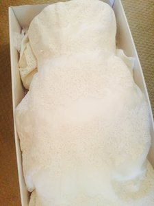 Vera Wang Vera Wang Luxe Wedding Dress