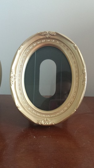 Gold Oval Frames (Set Of 16) - Reception Decoration