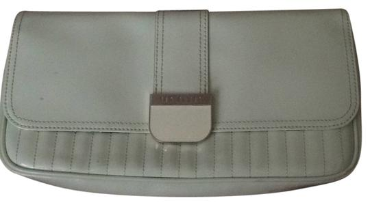 Preload https://item4.tradesy.com/images/ted-baker-light-green-quilted-enamel-clutch-4630723-0-0.jpg?width=440&height=440