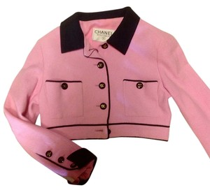 Chanel Cc Cc Cropped Boucle PInk Jacket