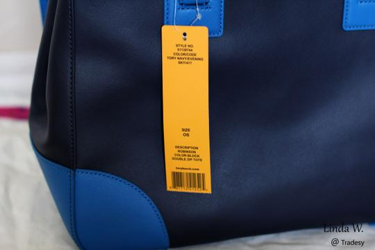 Tory Burch Saffiano Leather Double Zip Crossbody Strap Versatile Gold Hardware Tote in Tory Navy/Evening Sky (Blue)