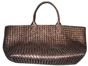 Bottega Veneta Tote in copper brown metallic