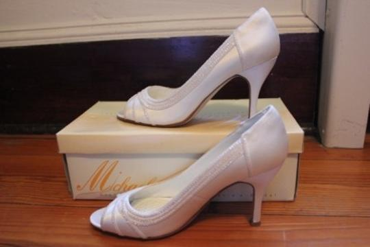 Ivory Michaelangelo For David's Bridal Peep Two In Size US 8.5