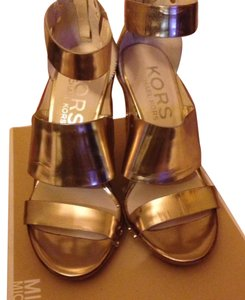 Michael Kors Specchio Leather Wide Strappy Upper Zip Back Closure At Back Of Heel Gold Sandals