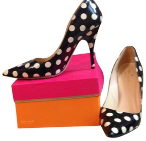 Kate Spade Black/White Polka Dot Pumps