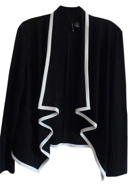 ND New Directions Black with Off White Trim Jacket