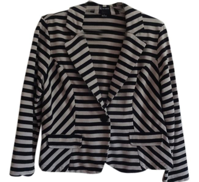 Preload https://item3.tradesy.com/images/new-directions-dark-cream-with-black-stripes-spring-jacket-size-12-l-4650457-0-0.jpg?width=400&height=650