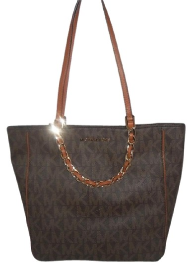 05dd6120132d michael kors harper large n s mk signature brown pvc tote 39% off retail.  TRADESY