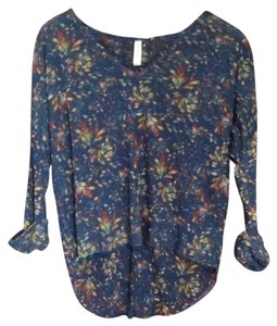 Sweet Pea by Stacy Frati Top Multi-colors on navy blue background