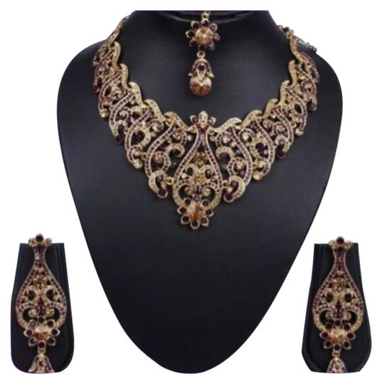 Preload https://item2.tradesy.com/images/gold-and-purples-new-amethyst-set-earrings-necklace-4659991-0-0.jpg?width=440&height=440