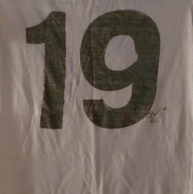 American Eagle Outfitters T Shirt Cream