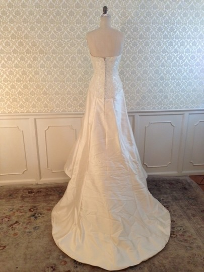 Edgardo Bonilla Ivory Silk Mikado Lace 3150x Slim Strapless Classic Sexy Wedding Dress Size 8 (M)