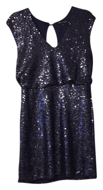 Item - Navy Above Knee Night Out Dress Size 12 (L)