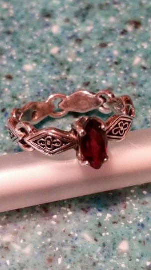 Avon Sterling Silver - AVON RJ Marquise-Cut Red Garnet size 6 - stamped RJ 925