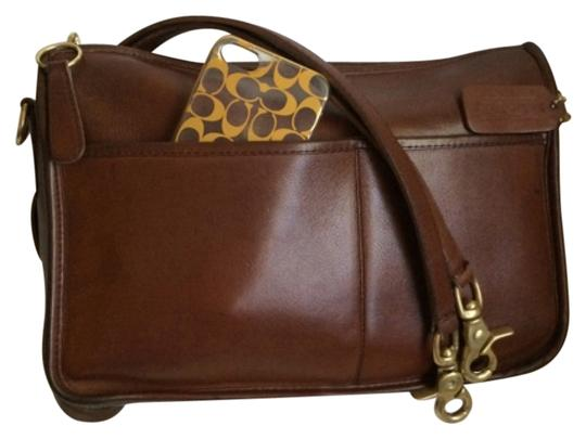 Preload https://item4.tradesy.com/images/coach-city-1976-brown-leather-shoulder-bag-4664278-0-0.jpg?width=440&height=440