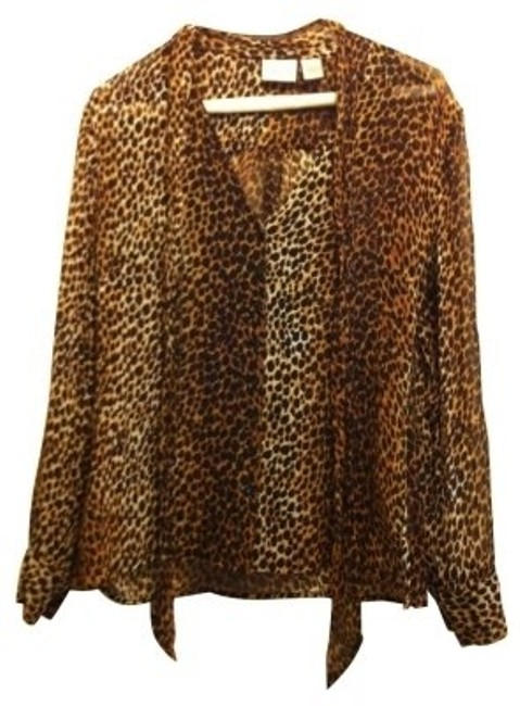 Preload https://img-static.tradesy.com/item/4665/chico-s-leopard-button-down-top-size-0-xs-0-0-650-650.jpg
