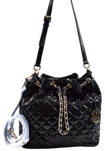 1bb57cef5bbc Michael Kors 30h4gfkl7g Shiny Quilt Bucket Crossbody Jules Shoulder Bag