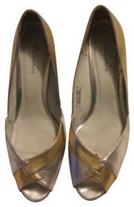 Tabby Silver & Gold Pumps