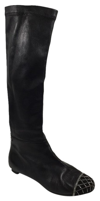 Item - Black Metal Quilted Cap Toe Knee High Flat Boots/Booties Size US 8 Wide (C, D)