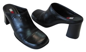 Tommy Hilfiger Very Good Condition Leather Size 9m black Mules