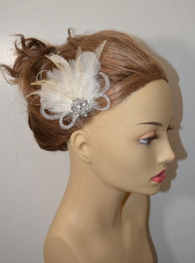 Ivory/Silver Feather Fascinator Hair Accessory
